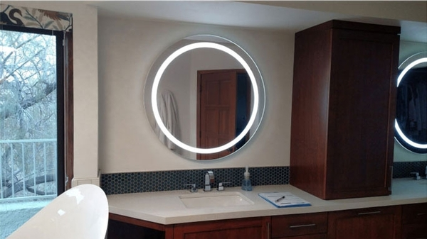 Mirrors and bathroom vanity