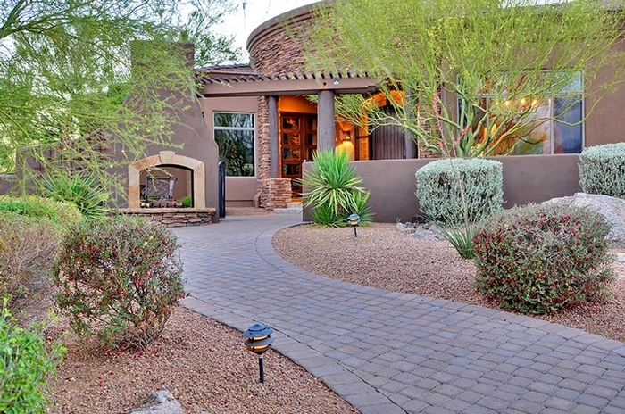 Custom Home in Scottsdale, AZ